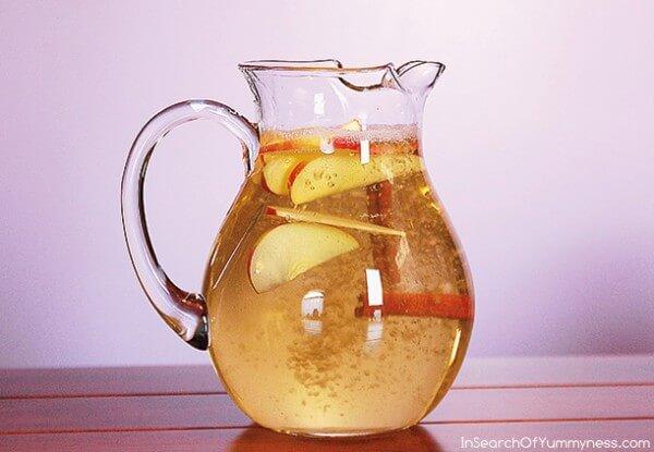 Almás fahéjas méregtelenítő ital