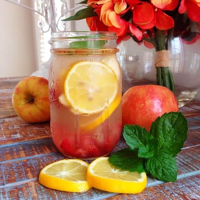 Almás méregtelenítő ital sóvárgás ellen és a gyönyörű bőrért